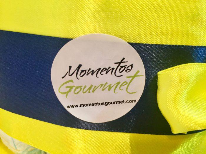 Logo-Amarillo-Negro-MomentosGourmet
