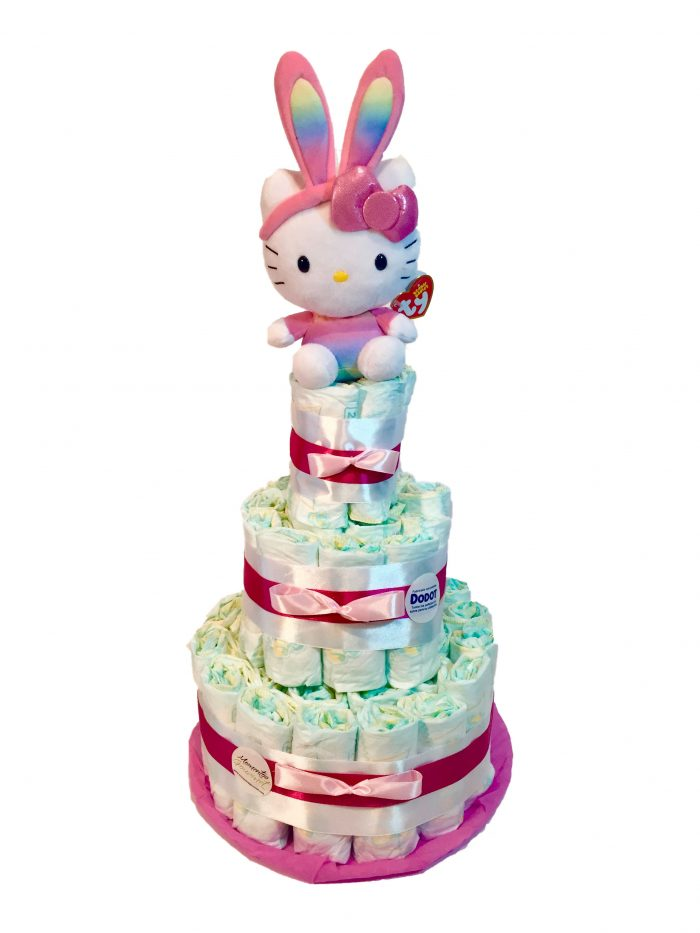 Tarta-de-pañales-Hello-kitty-rosa-orejitas-MomentosGourmet
