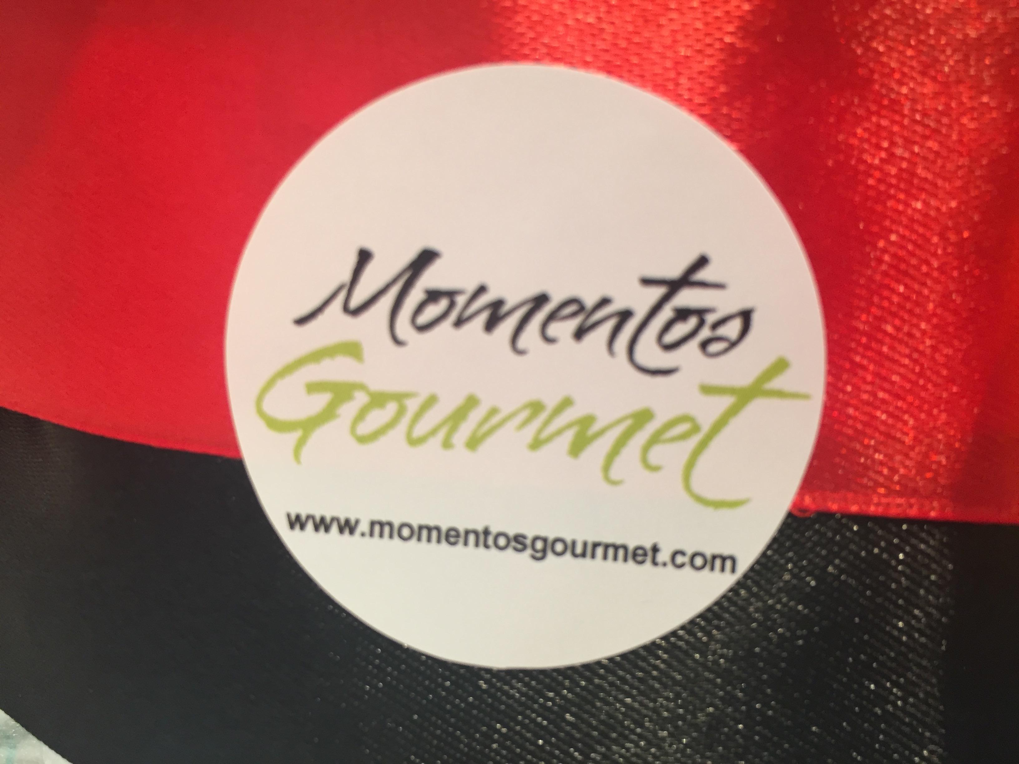 Logo-MomentosGourmet-rojo-negro