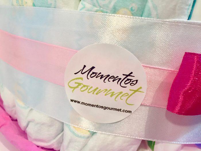 Tarta-de-pañales-Mustela-rosa-MomentosGourmet