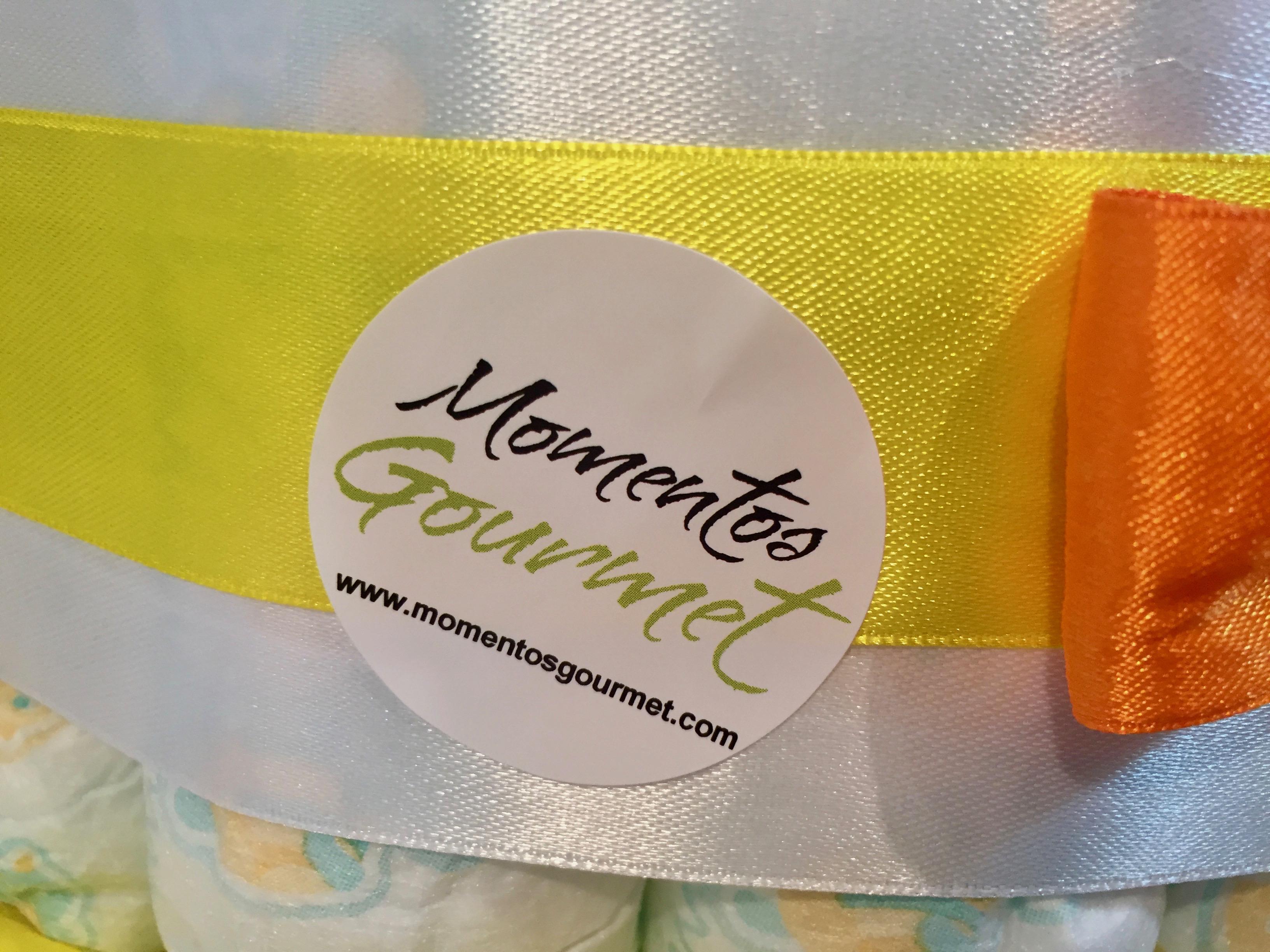 Tarta-de-pañales-Muñeca-amarilla-MomentosGourmet